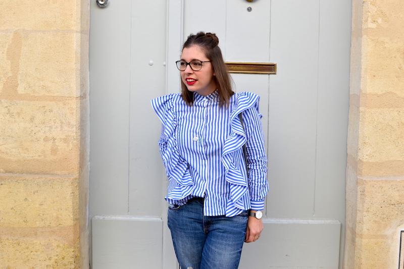 chemise à volant Sheinside, jean relaxed H&M, sac gris Idriss