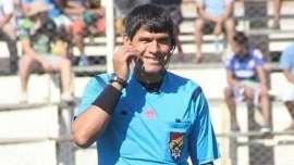 Árbitro morre durante partida do Campeonato Boliviano