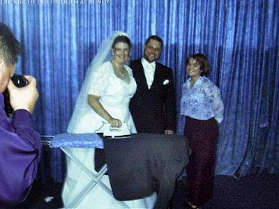 Ehe lustige Frau muss Bügeln Spassbilder Hochzeit