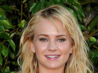 Brittany Robertson Eye Lense