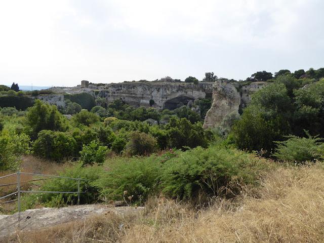 veduta del parco della Neapolis