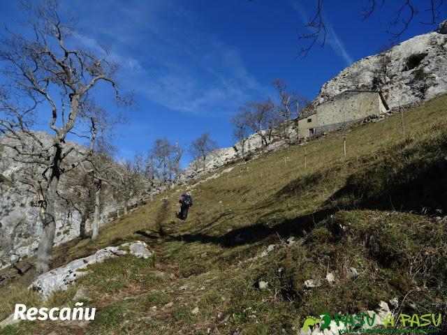 Sierra de Juan Robre: Rescañu