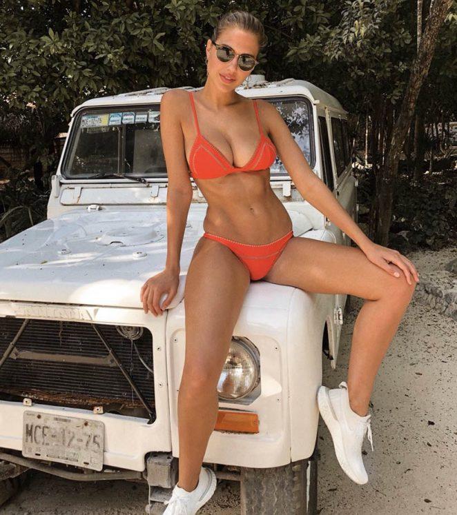 kara del toro sexy bikini pics 03