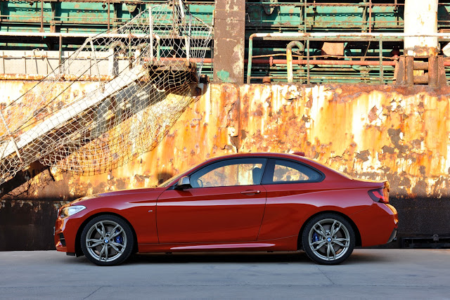 2013 BMW 2-Series coupe red