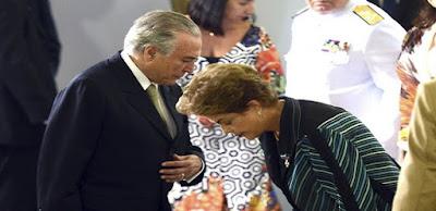 PMDB já endereçou coroas de flores para Dilma, por Josias de Souza