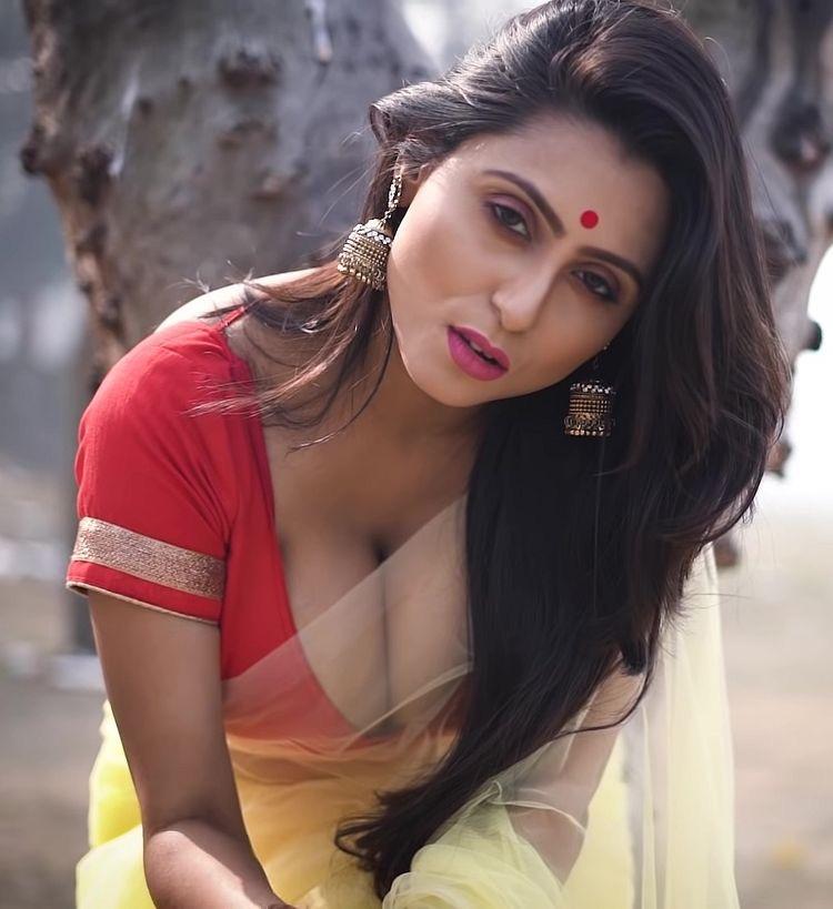 Dark skin indian bengali girl