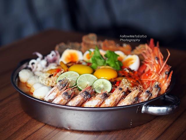 Pim's Super Seafood Tom Yum Pot