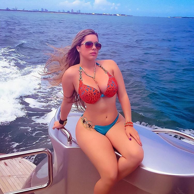 beautiful Cuban Kathy Ferreiro