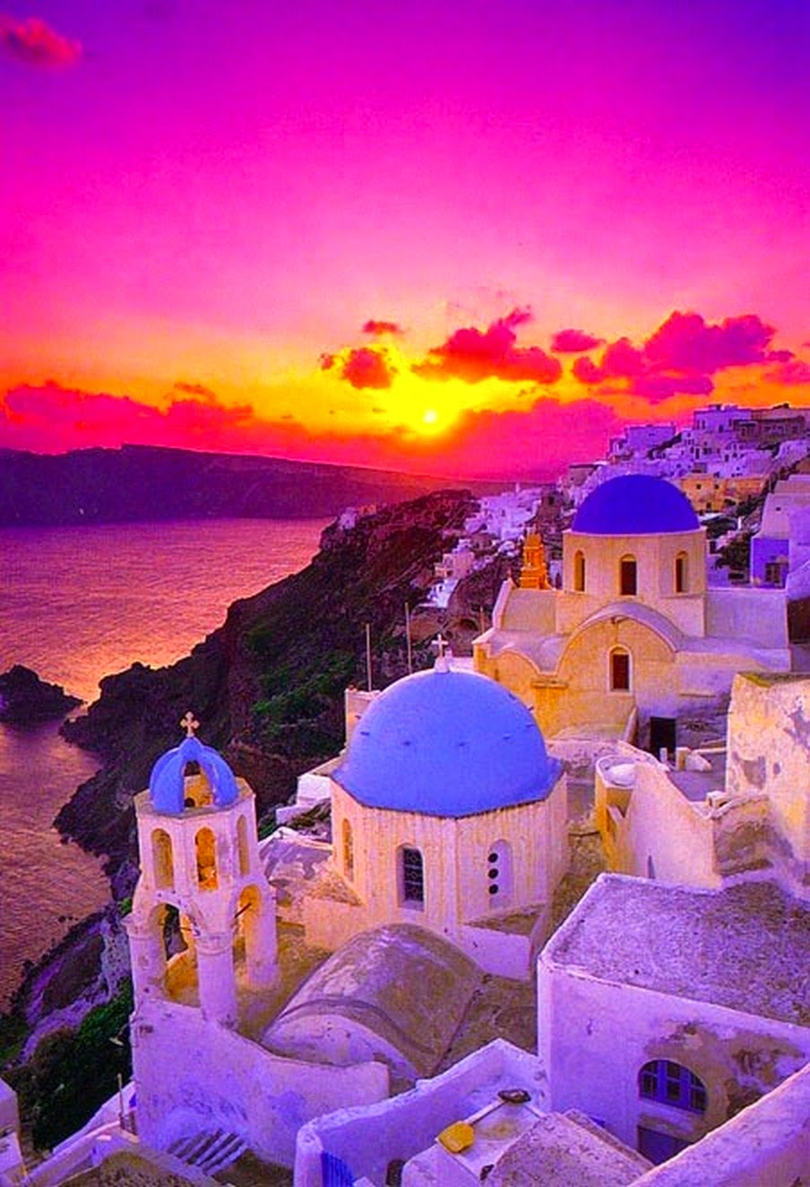 Santorini, Greece | 10 Places to See Beautiful Sunset Around The World
