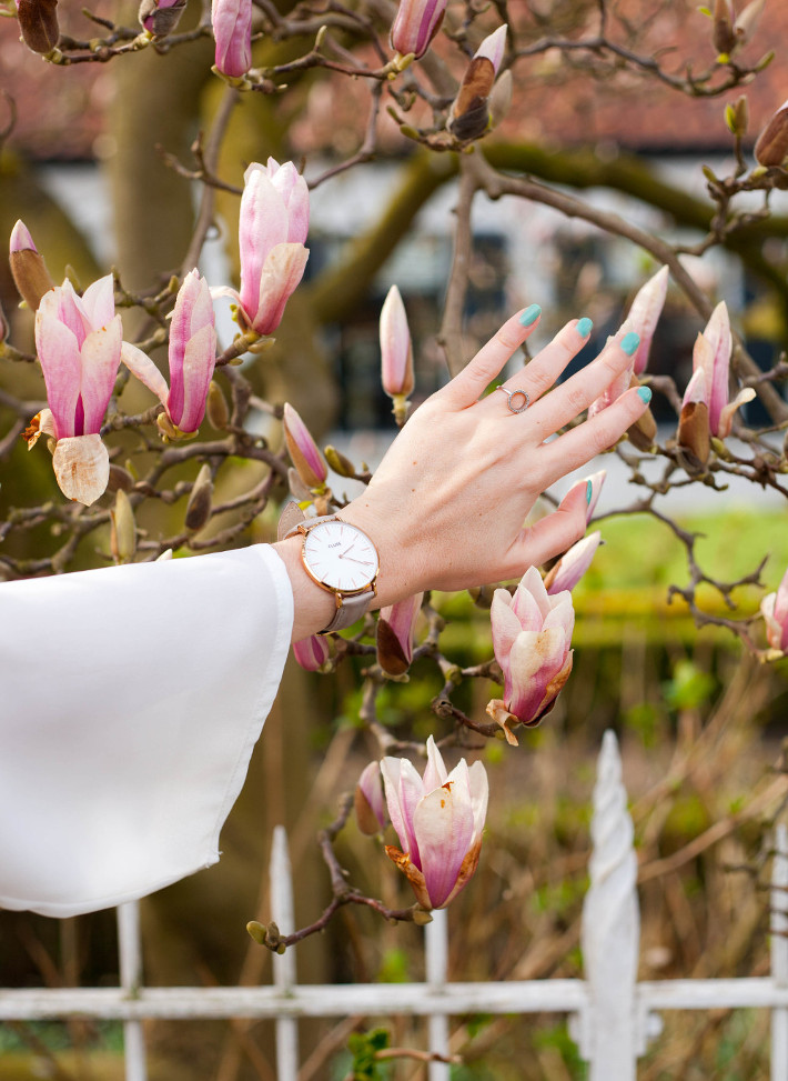 bell sleeve, cluse watch, magnolias