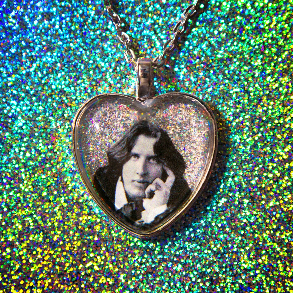 https://www.etsy.com/listing/221514591/oscar-wilde-holographic-glitter-heart?ref=sc_2&plkey=85237c4978a056bce6a7543a3a8cd7dc776d89f4%3A221514591&ga_search_query=oscar+wilde&ga_search_type=all&ga_view_type=gallery
