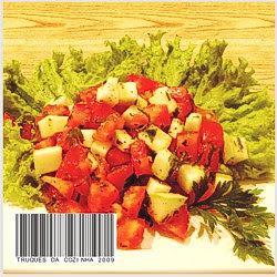 Salada tomate e alface no prato