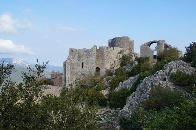 recinto mediano castillo de Peyrepertuse