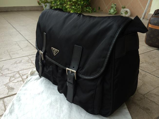 a4f5d372f985 Truly Vintage  Authentic Prada Tessuto Nylon Cross Body Messenger Bag