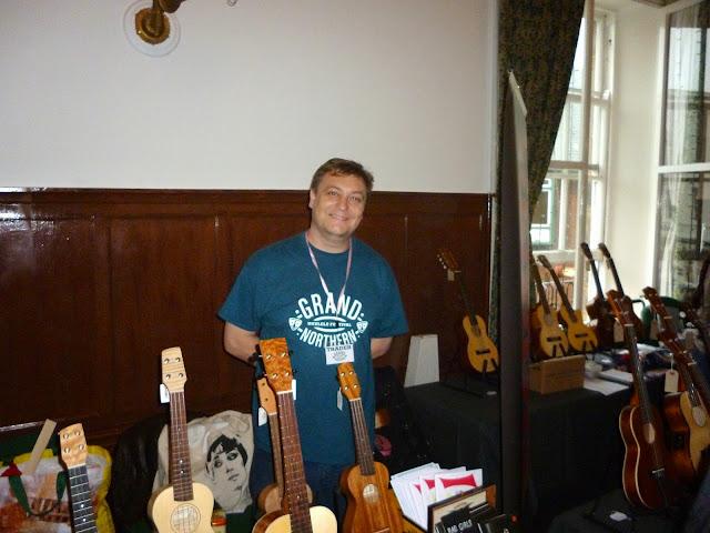 rob collins at grand northern ukulele festival