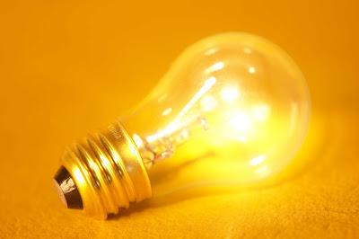Instalaciones eléctricas residenciales - foco de 100 watts