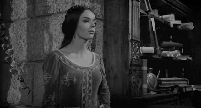 I Lunghi capelli della morte (1964) - Barbara Steele - Secuencia