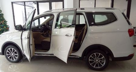 Harga Mobil Wuling Terbaru Maret 2020