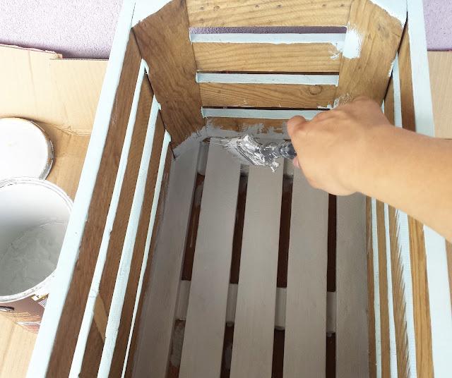 jak malować skrzynie drewniane