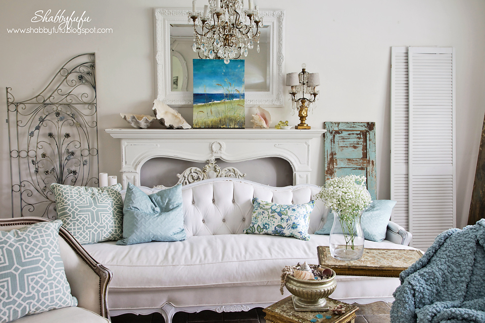 five minute styling tips - white room with accents of coastal blues and greens