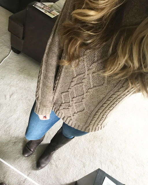 What I work apple picking: Thrifted Sweater, Jeans and Brown Boots.