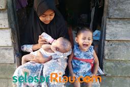 Miris. Ibu Meninggal, Ayah Nikah Lagi!, Andini Terpaksa Merawat dan Menafkahi Dua Adiknya yang Masih Bayi dan Batita