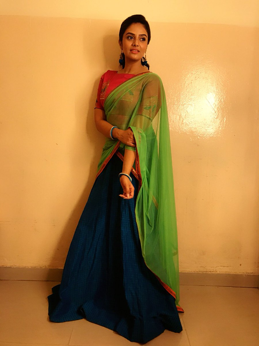 Sreemukhi Photoshoot for Gold Rush Zee Telugu TV Show