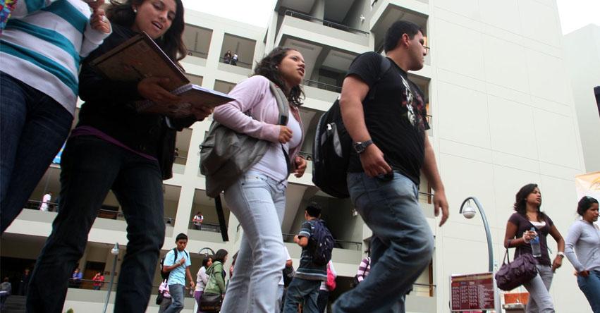 PRIMERA CONVOCATORIA 2020: Gobierno lanzará hasta 3 mil becas para alumnos de universidades denegadas