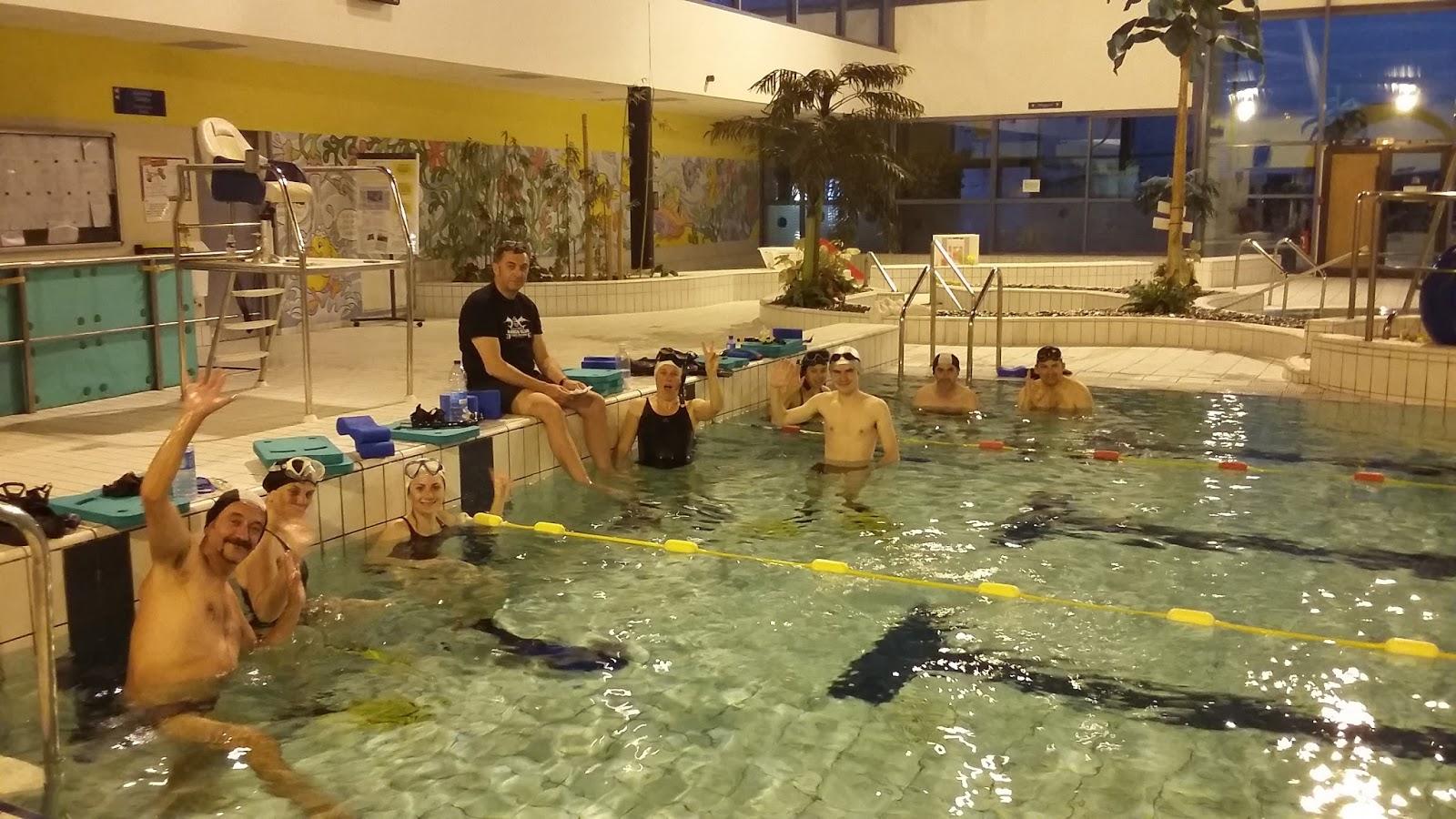 Narco blog derni re s ance piscine du 27 04 17 for Piscine 04