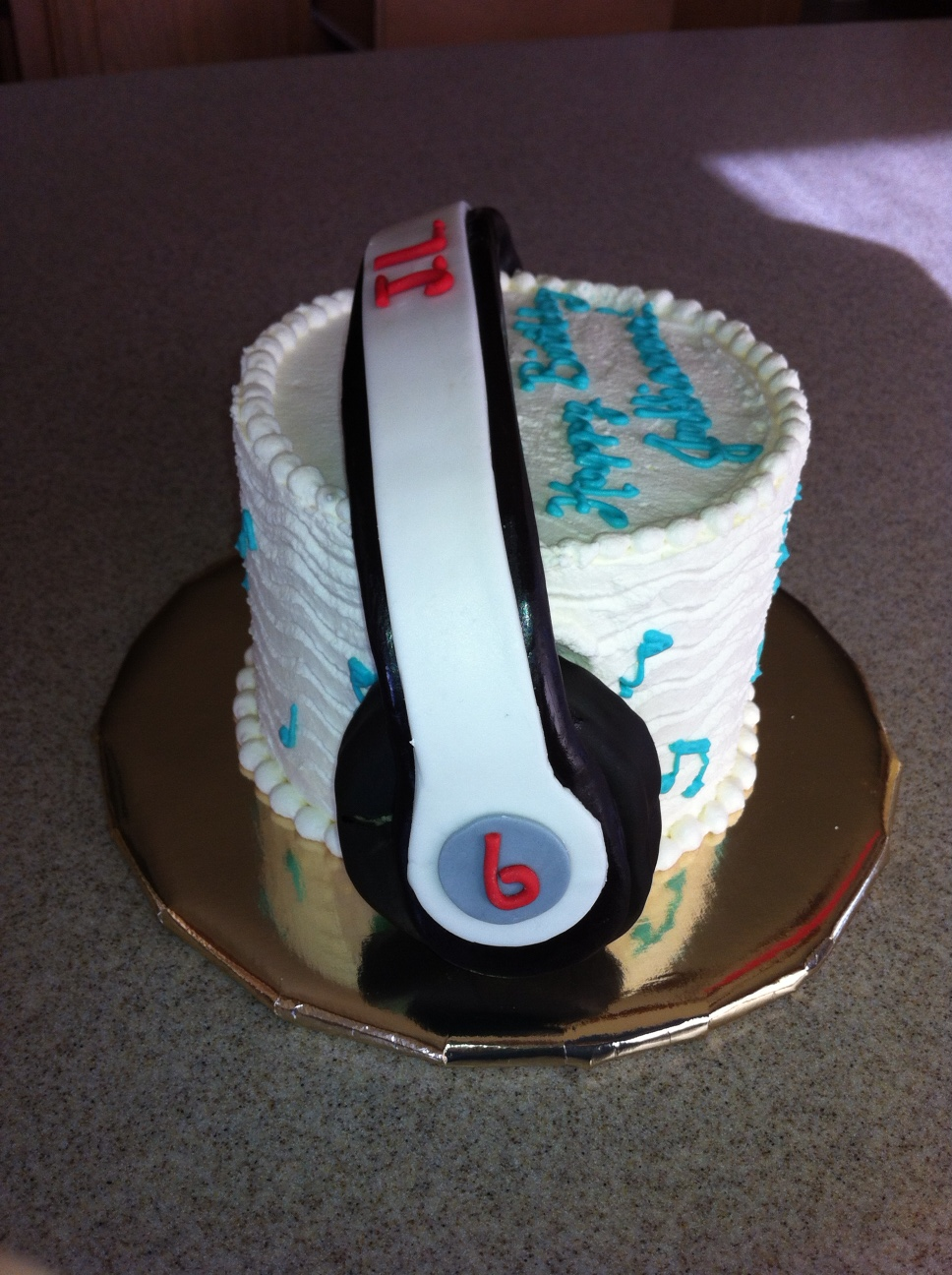 Birthday Cake For Teenage Jullianna Who Is Never Seen Without Her Headphones On