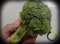 Brokoli baik untuk bayi yang pertama mengenal sayuran