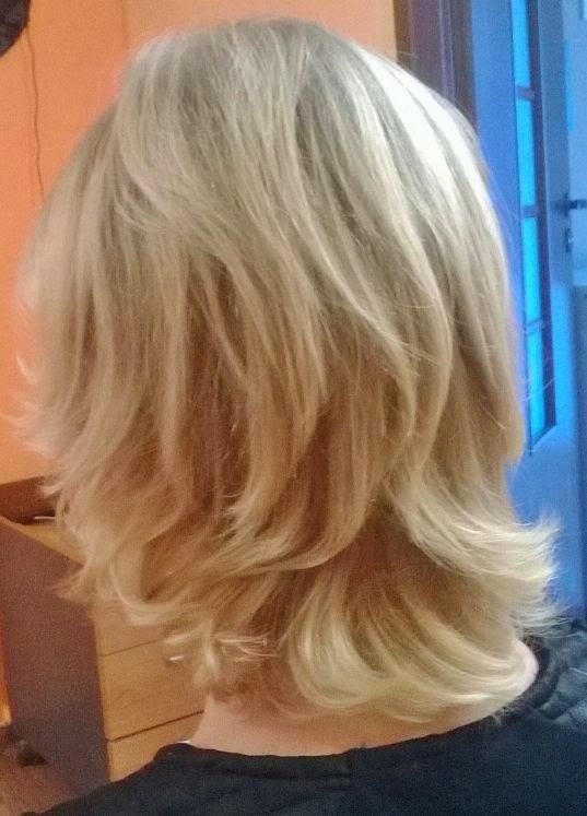 Wasze włosy u Mysi. Okruszny rozjaśniacz