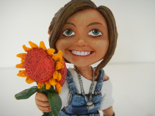 statuina personalizzata fidanzata girasole fiore regali originali artigianali orme magiche