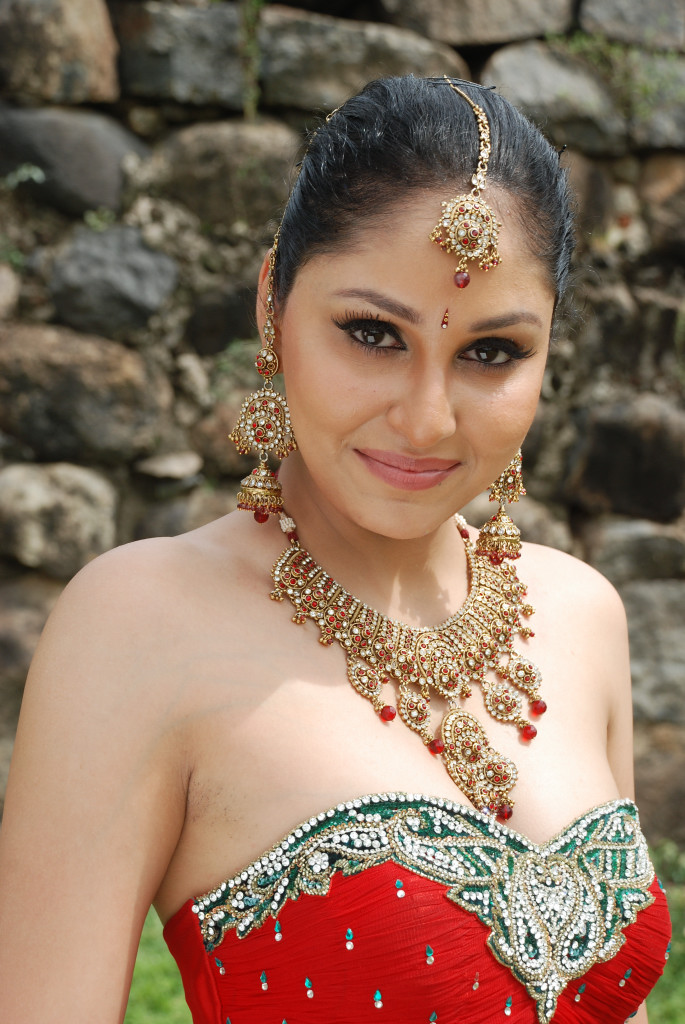 pooja actress chopra tamil stills rajakota rahasyam latest sizzling indian actor telugu spicy movies celebsview desi south face labels film