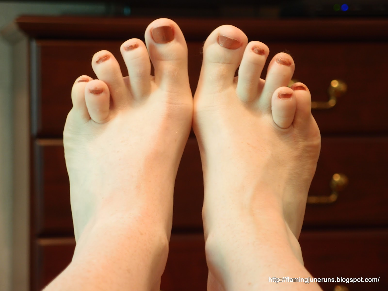 140f20574 But today - Get Real Wednesday - I am revealing my ugly feet to total  strangers in internet-land! I am so brave!