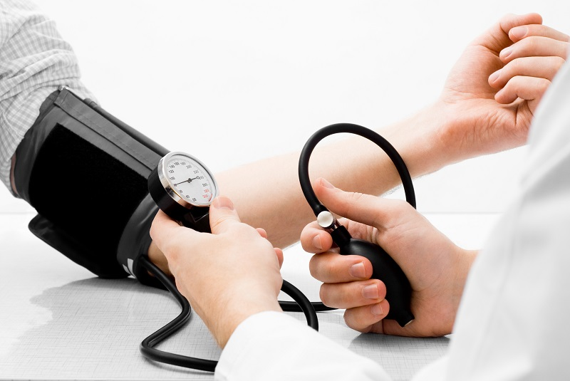Como baixar a pressão arterial sem medicação