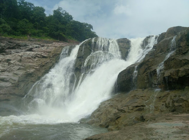 Kunatala waterfall