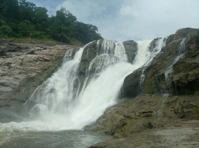 Kunatala waterfall