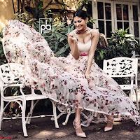 Amyra Dastur Cute Innocnet Beauty pics 010.jpg