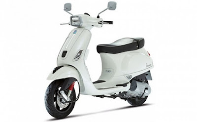 New Vespa SXL 125 White colour