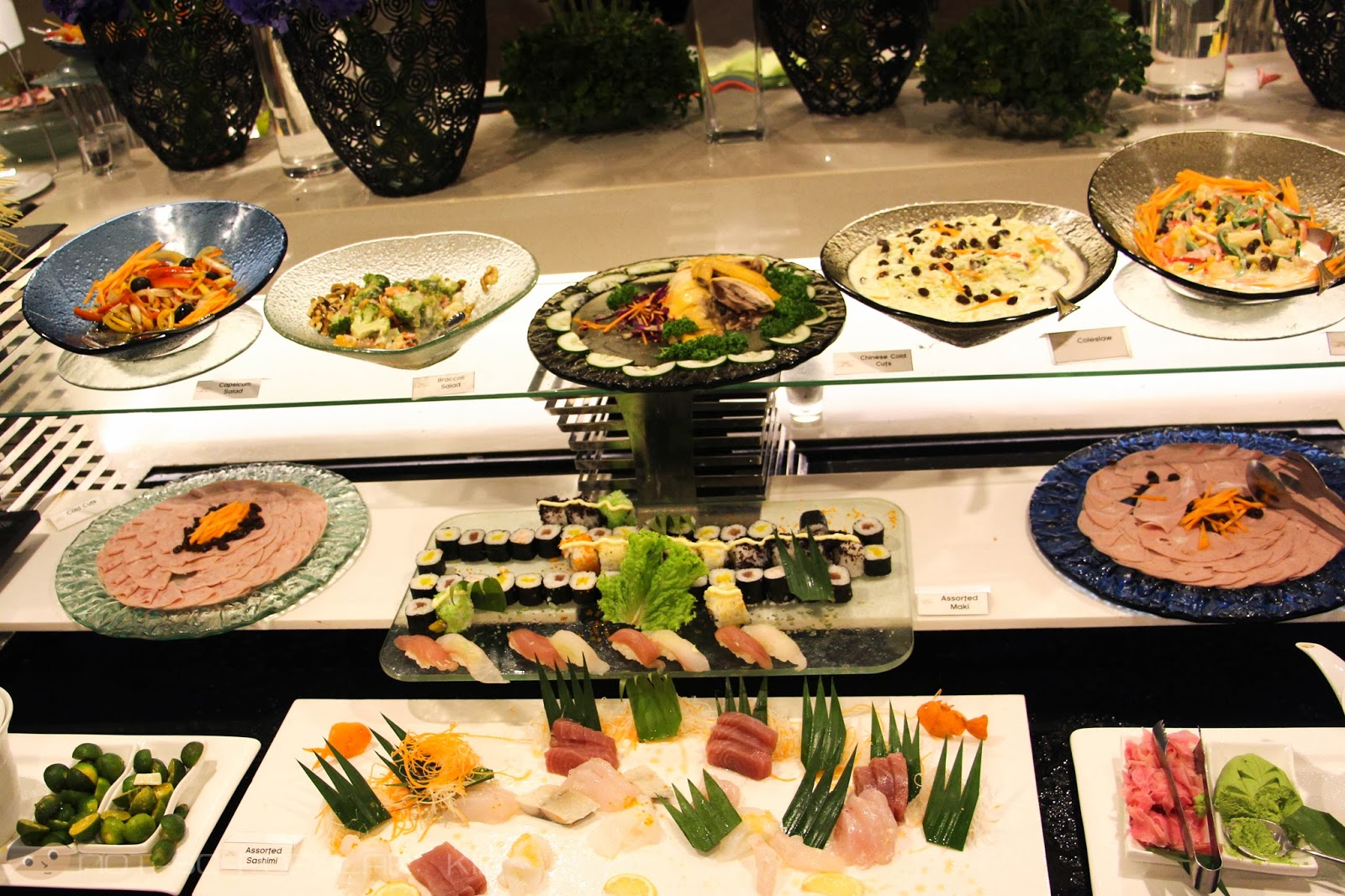 The Sushi Bar of Midas Cafe - Sushi, sashimi and more!