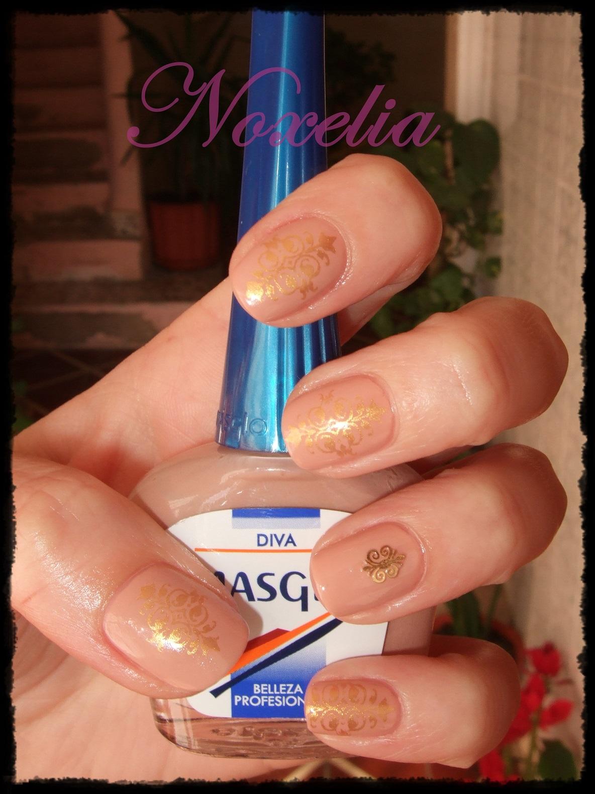 Noxelia: Stamping nail art: Colaboración LadyQueen XII y Look de ...