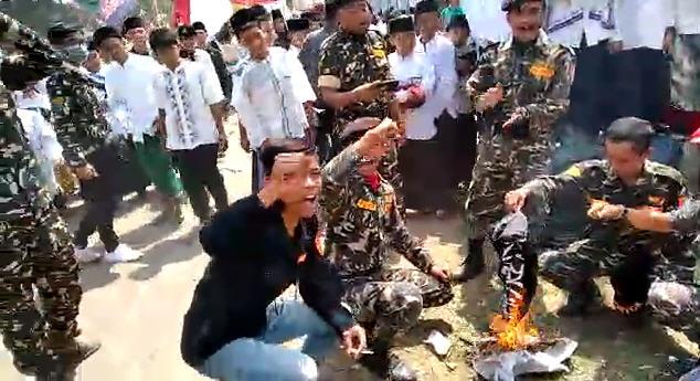 Lafaz Tauhid Dibakar, Wajar Umat Islam Bereaksi Keras