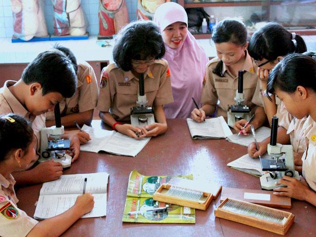 LIPI Serahkan Materi Pembelajaran Kelautan Pada Kemendikbud