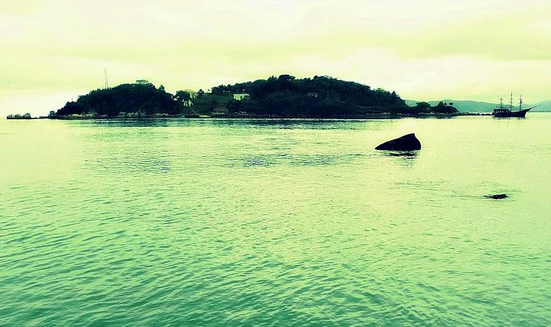 Ilha de Anhatomirim, Governador Celso Ramos