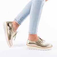 Pantofi dama moderni cu talpa groasa aurii