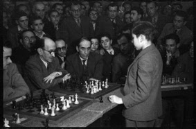 Simultáneas de Arturito Pomar en Lérida el 17 de abril de 1946 (15)