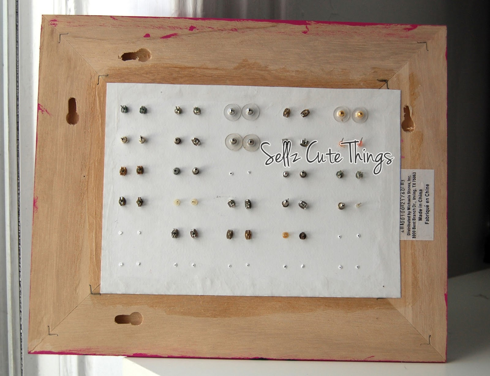 SellzCuteThings: DIY Leopard Print Stud Earring Holder
