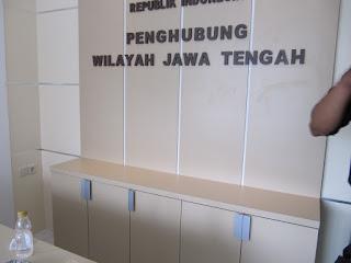 meja lobi kantor semarang