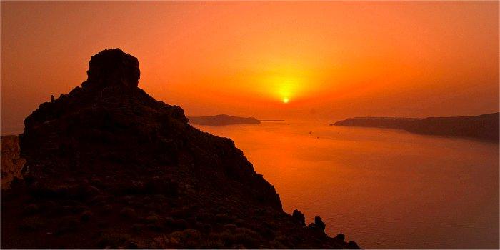 Il posto migliore per vedere il tramonto a Imerivigli (Santorini)